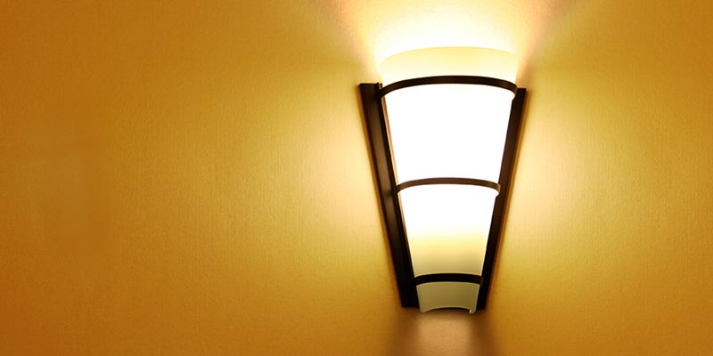 How to Choose the Ideal Wall Sconce for Your Home