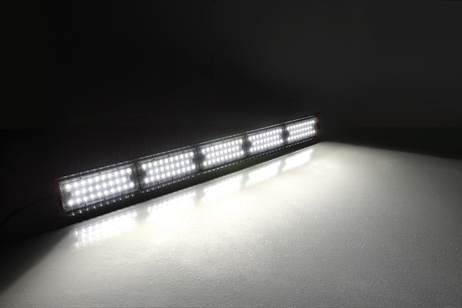 ... 150-240 Watt LED High Bay Linear Light - UL DLC & 150-240 Watt LED High Bay Linear Light u2013 UL DLC | Modern.Place